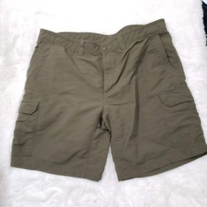 The North Face Active Shorts Size 40